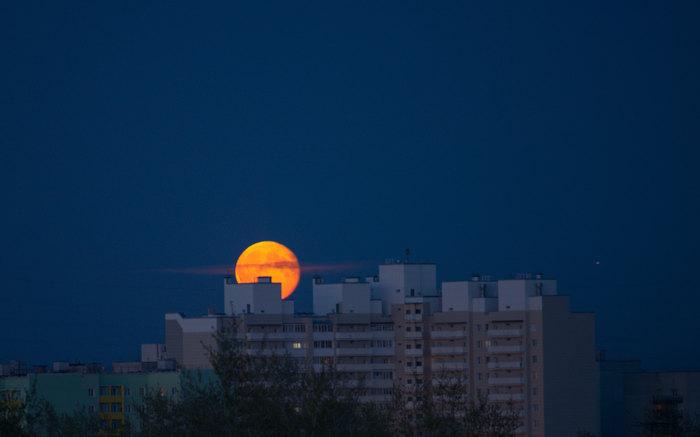 Восхождение Луна, Фотография, Архангельск, Ночь