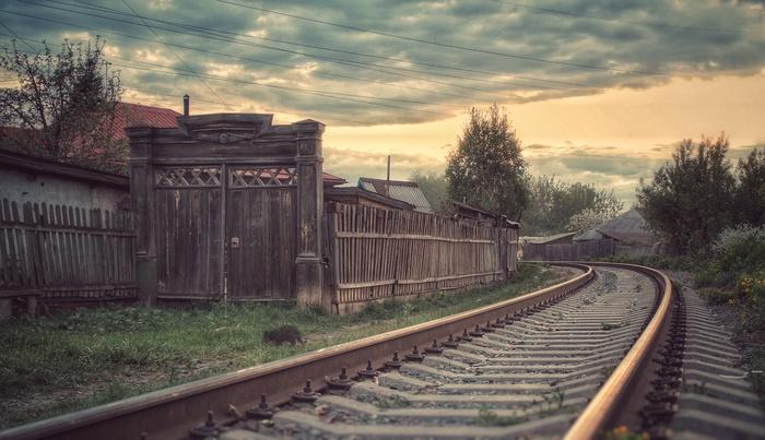 Когда за твоим забором ходят поезда Фотография, Вечер, Провинция, Частный сектор, Железная Дорога, Эстетика ебеней, Барнаул