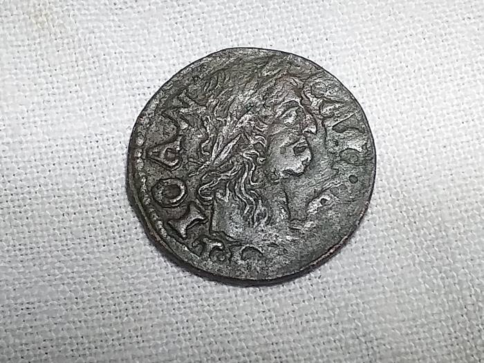 Ещё одна неопознанная монетка, величиной как 1коп. СССР. Что за монета, Помогите определить монету