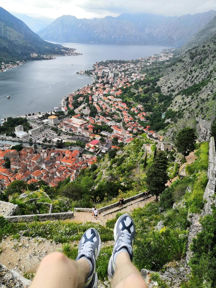 Место для размышлений Котор, Черногория, Красивый вид, Город, Горы
