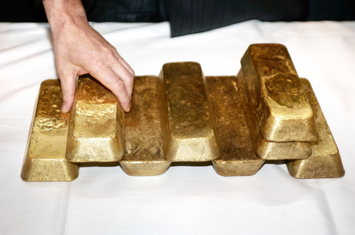 На месте прорыва дамб в Красноярском крае обнаружили сейф с 18 кг золота Золото, Сейф, ЧП, Красноярский край, Дамба, Прорыв