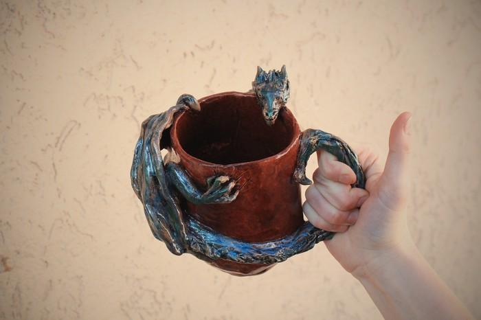 Кружка с драконом. Керамика, ручная работа