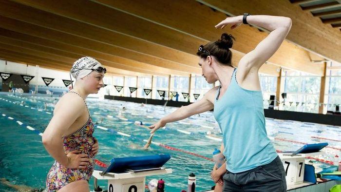 Плавание после 30 лет или почему вам не надо идти в бассейн Бассейн, Тренер, Длиннопост, Тренировка, Плавание