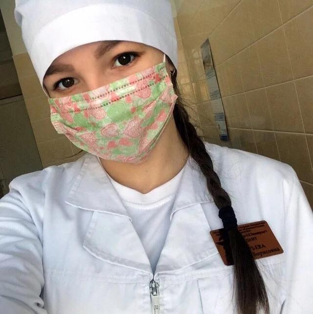 Власти хотят наградить ульяновскую студентку-волонтера, умершую от рака