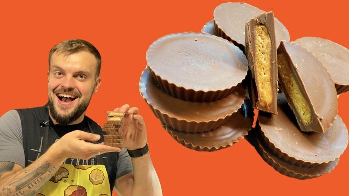 Рецепт домашних конфет с арахисовой пастой. Как сделать так, что бы шоколад не таял в руках Конфеты, Сладости, Шоколад, Рецепт, Видео рецепт, Кулинария, Видео, Длиннопост