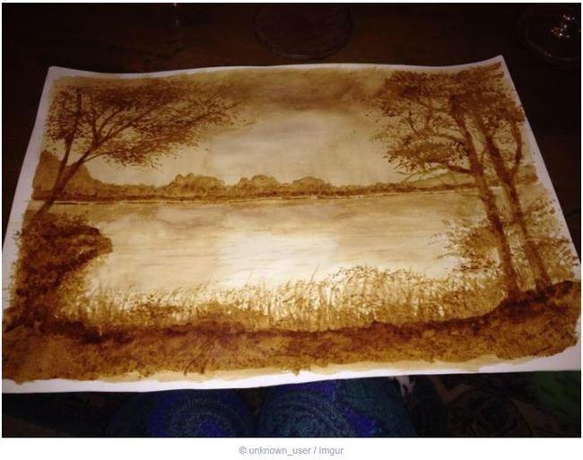 Бабушка моего друга нарисовала это, используя только кофе и воду, и заявила, что это просто набросок