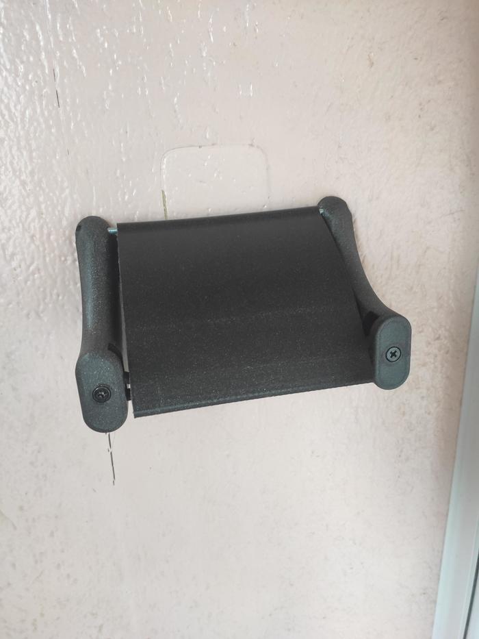 Парня раздражало, что сожители не меняли туалетную бумагу