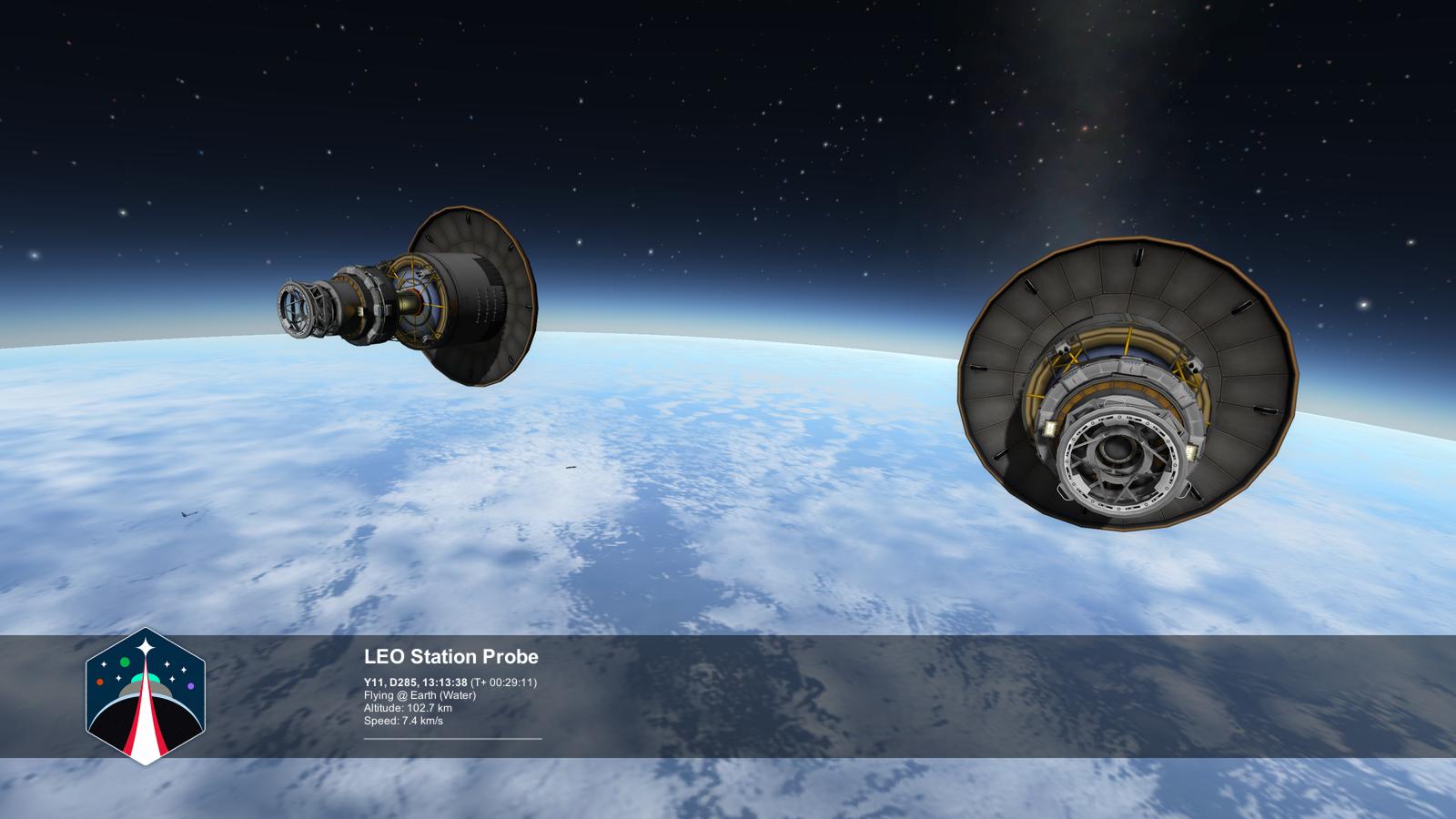Скорость космической станции на орбите земли