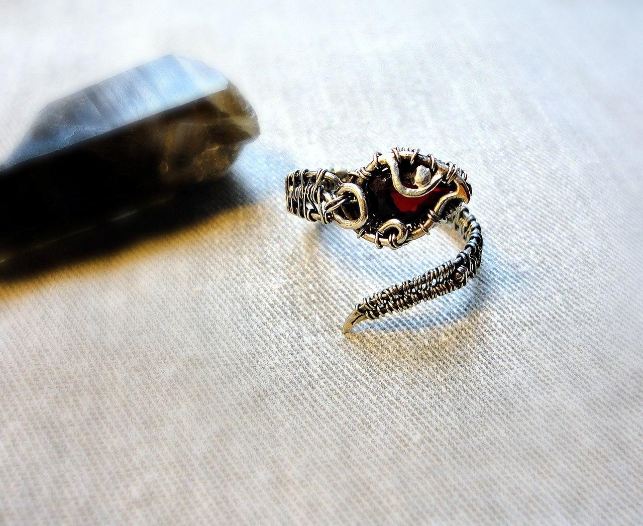 Оригинальное кольцо своими руками фото 794