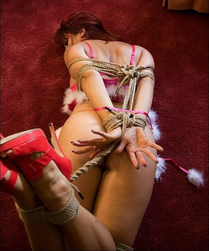 Девушки и бондаж с верёвками