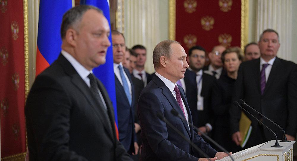 Додон назвал отношение Путина к Молдавии очень хорошим