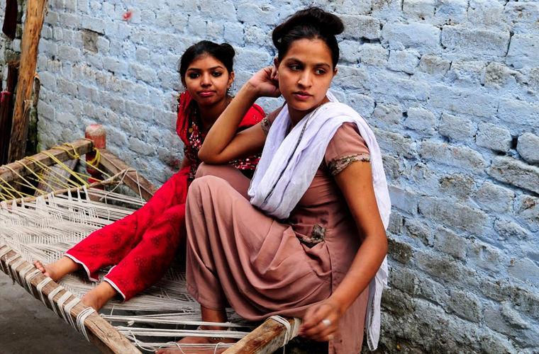 Секс рабство в индии