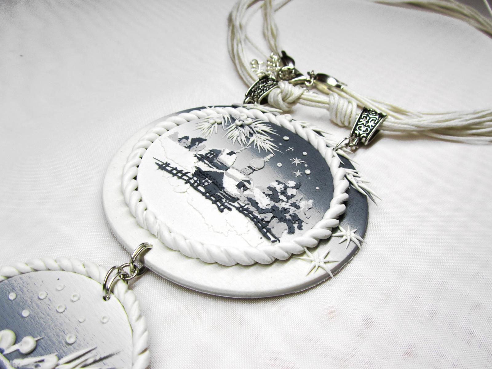 Чем отличается кулон от подвески, а ожерелье от колье? Учимся называть