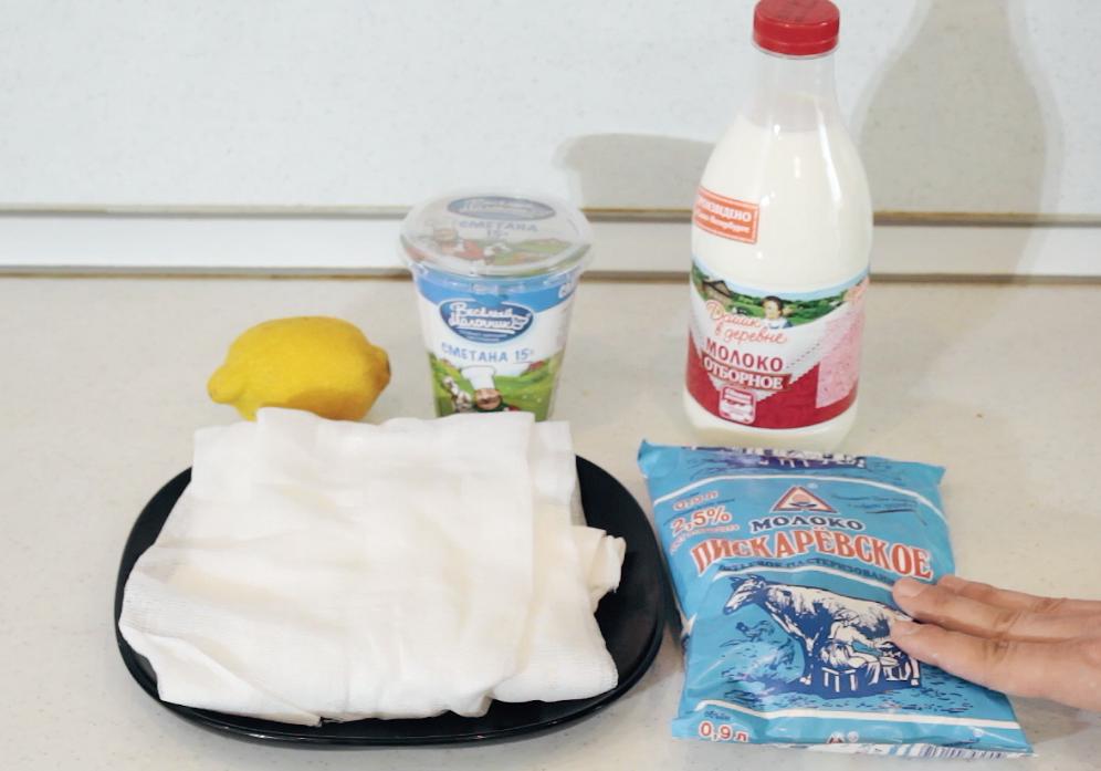 Сиськи в сметане и молоке