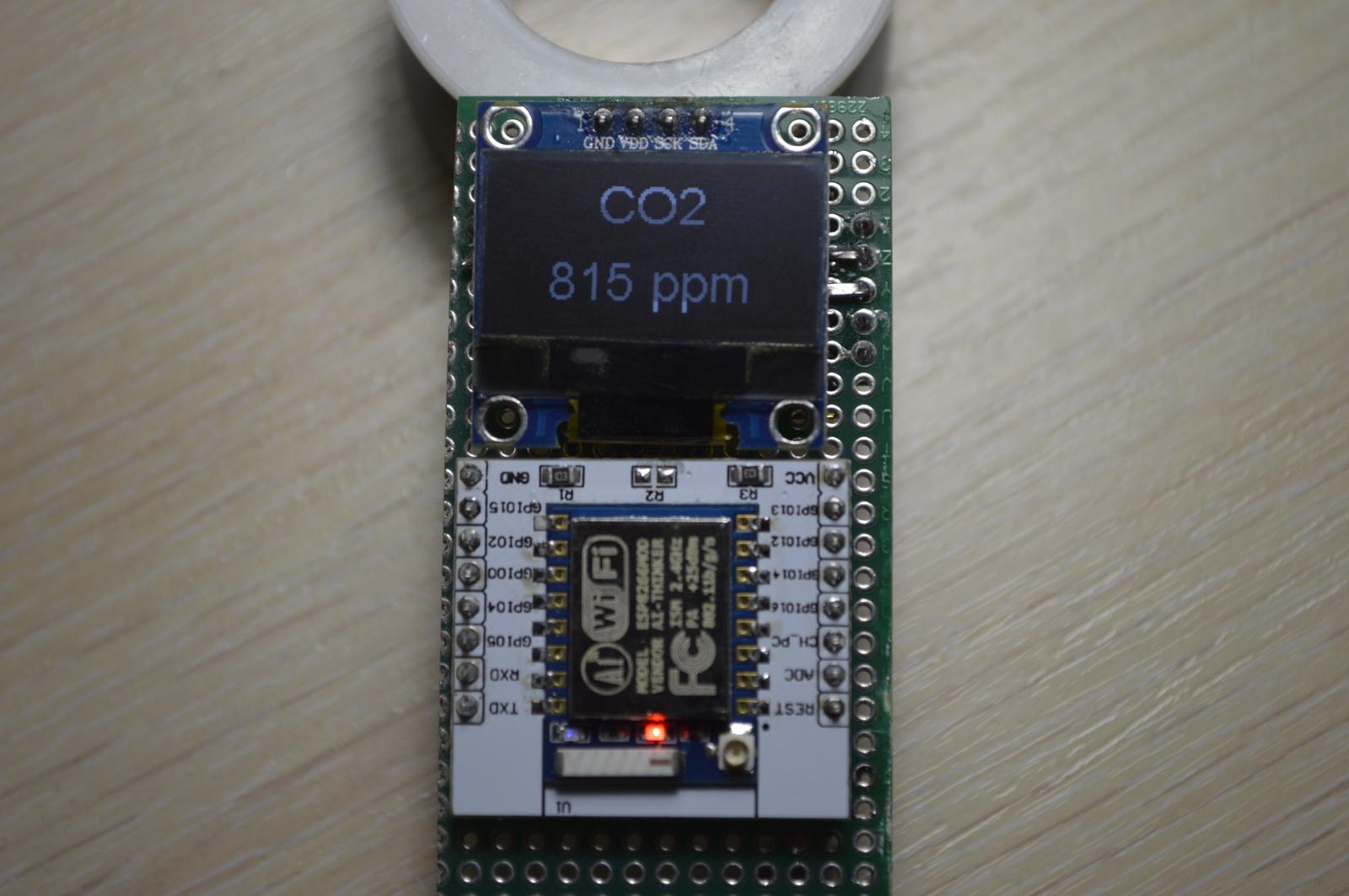 Универсальный датчик с ESP8266, датчиками температуры, влажности