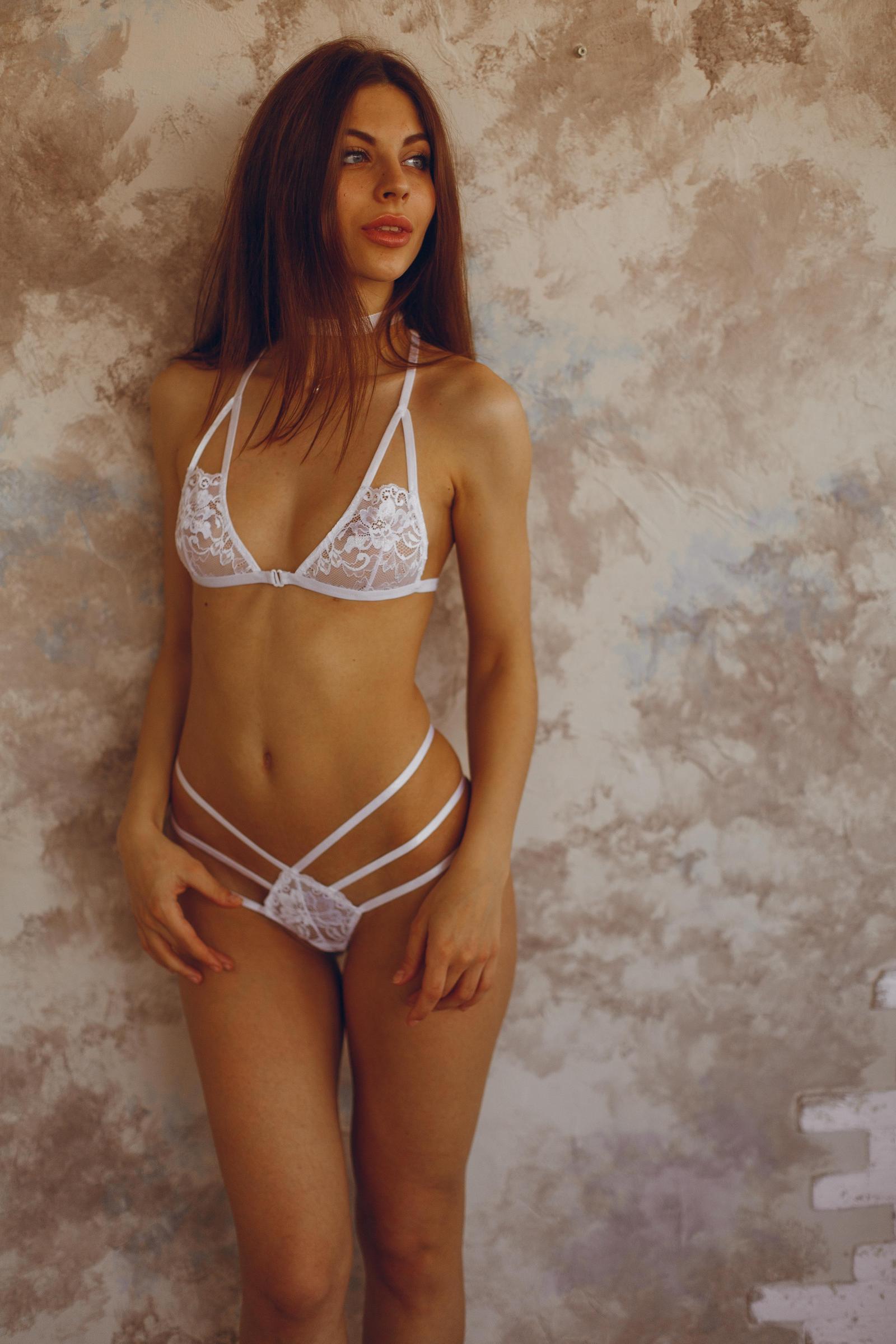 Деву в нижнем белье фото фото 64-740