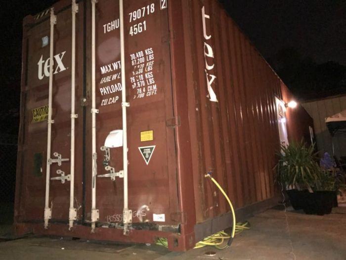 Дом из контейнера: советы по строительству дома из морских контейнеров 65
