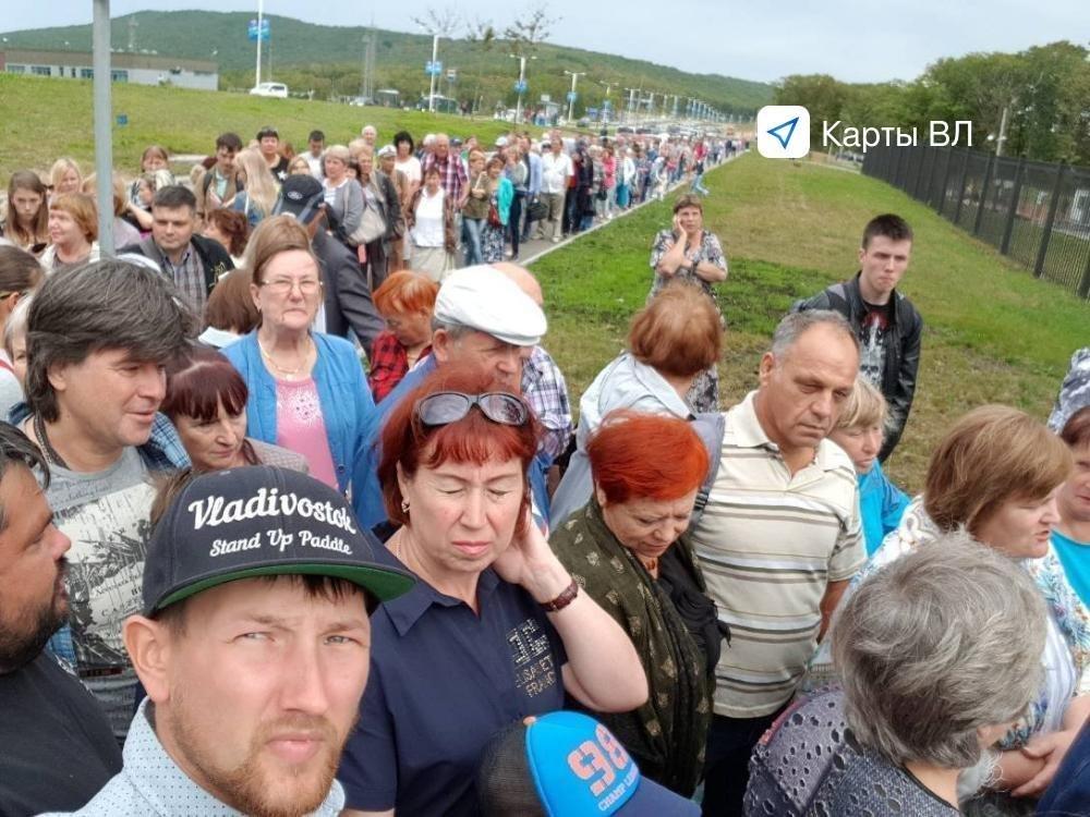 Студенты пьяные устроили еблю, голые прикольно трахаются видео зрелые русские бабы
