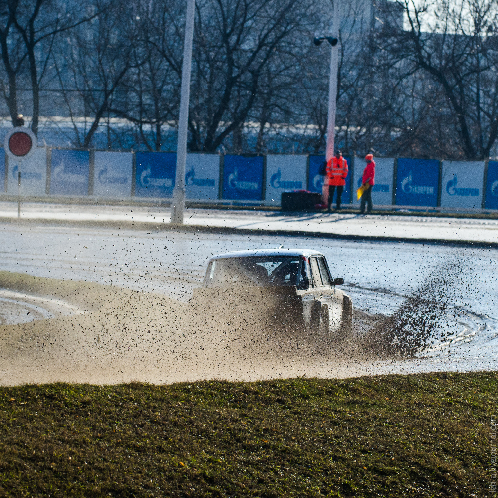 Автосалон москвы автокросс грин финанс деньги под залог птс отзывы